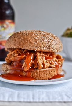 Crockpot BBQ Beer #Chicken - #Sandwich #SlowCooker
