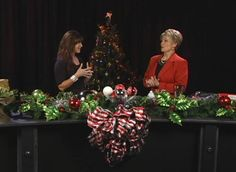 Christmas Decorating tips with Commercial Decorator ReAnn Ring  - Contact ReAnn reann@reannring.com http://vimeo.com/33919919