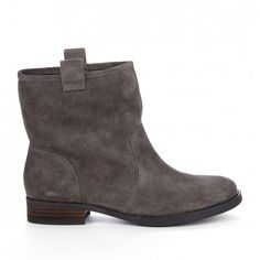 Must have these short grey boots!