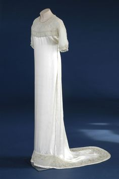 Wedding Dress, Lucile Ltd.: 1912, English, silk satin and silk chiffon trimmed with faux pearls, beads and metal thread.