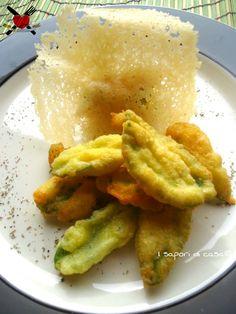 Salvia in tempura al parmigiano