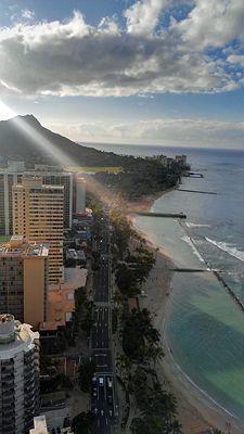 Morning view of Diamond Head & Waikiki Beach in Hawaii!