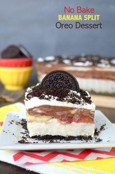 No Bake Banana Split Oreo Dessert - easy no bake cheesecake that's perfect for any picnic!