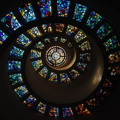 Thanks-Giving Square(Dallas, TX) , founded by Waldo and Peter Stewart, includes a chapel, a meditation garden and art pieces. The park was developed to promote the concept of giving thanks as a universal human value. The chapel dominates the space with its spiral tower shape. Inside the chapel is a stained glass window by French designer Gabriel Loire (1904-1996).