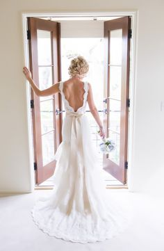 Back of the dress. This has to happen. My dress is too beautiful not to have this shot.