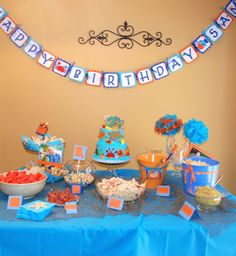 Cute table scape for under the sea