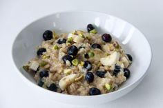 Blueberry Pistachio Oatmeal
