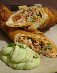 chile, cream of chicken recipes, flour, flauta de, de pollo, flutes, cooking, chicken flautas recipe, avocado cream