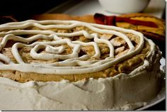 Pumpkin Cinnamon Roll Cheesecake