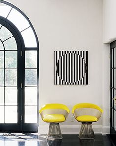 Black and white with pops of yellow! #interior Douglas Friedman Photography