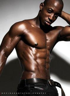 Shaka Smith, fitness pro and male fitness model - Noel Daganta Photography. MaleFitnessModels.NET