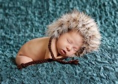 AHHHH!!!! A tribble ate my baby! hat bonnet, bonnet newborn, futur maman, total creep, photo futur, babi pose, newborn photography props
