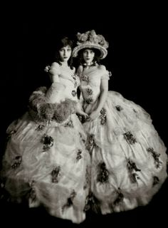 """The Fairbanks Twins - Marion and Madeline  The Fairbanks sisters appeared in """"The Midnight Frolic"""" in August, 1920."""