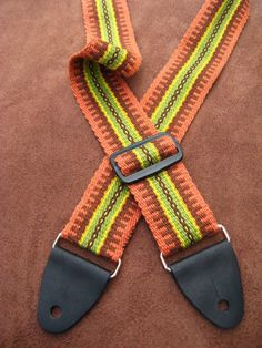 ASpinnerWeaver: Design Elements - Chains    A blog post with pattern drafts by Annie MacHale