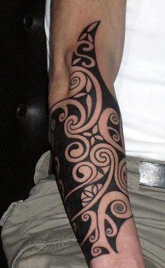 Blackwork forearm, by Dan DiMattia @ Calypso Tattoo, Liège, Belgium