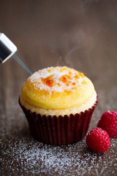 (Death by) Creme brulee cupcakes. You kidding me?! Just kill me now. Save me from clogged arteries. #dessert #sweet #cake