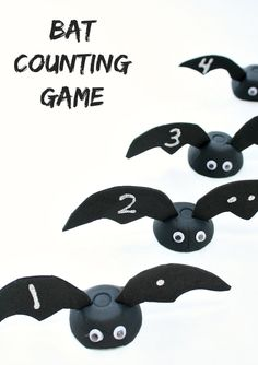 Bat Counting Game and Fine Motor #Halloween Activity #preschool #education (repinned by Super Simple Songs)