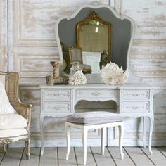 makeup vanity   # Pinterest++ for iPad # french provincial, cottage furniture, shabby chic furniture, makeup vanities, decorating blogs, shabbi chic, dream, hous, furniture decor