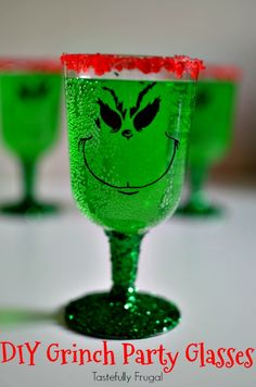 DIY Grinch Party Gla