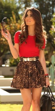 Leopard skirt + Red shirt + Gold accessories