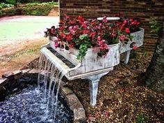 20 Unusual Furniture Hacks | Piano turned into a fountain.