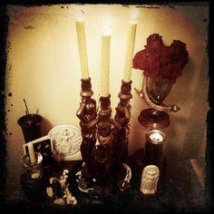 hekate altar via Tumblr