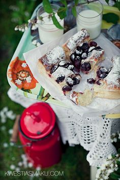 Ciasto drożdżowe z czereśniami