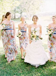printed bridesmaid dresses - very cute, especially the shorter one.