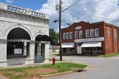 Marble Front Bank, 1905,  Shannon Building, 1920,Jeffersonville, Ga. Photo: Brian Brown.