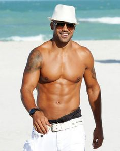 Men Who Get Better With Age -- Shemar Moore