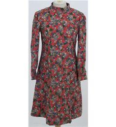 *Vintage 60's/70's Size M Red floral dress | Oxfam GB | Shop