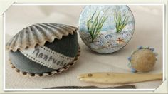 Nantucket shells and a little Elsie di Cassio box.