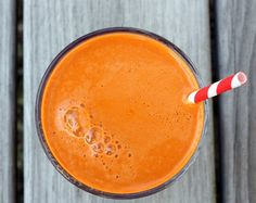 """This juice blend with beta-carotene-rich carrots and skin-clearing apple will help you kick the snacking habit and provide a line of defense against office-cupcake cravings. """"Anyone can have amazing-looking skin, if they just take the steps. You can't eat garbage, and have amazing skin,"""" says Vargas.  Beat the Sweets 4 carrots 1/2 apple Ginger to taste"""