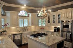 Grey & White Kitchen. I LOVE this!