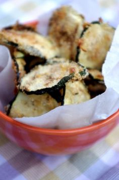 Oven Baked Zucchini Chips @ Nutritionist in the Kitch