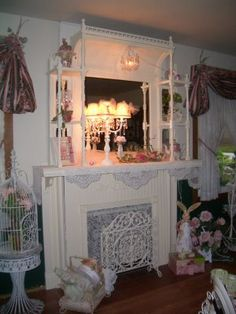 Shabby Chic Cottage Mantle