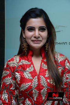 Samantha at Enakkul Oruvan Movie Audio Launch