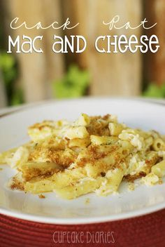 Crock Pot Mac and Cheese - A great meal to make in your crock pot on a busy day. So cheesy and creamy! | Cupcake Diaries