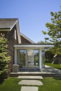 lake houses, decks, modern exterior, architecture interiors, glass, robert young, backyard, beach styles, design
