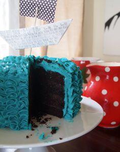 Smash Cakes | 1st Birthday cake. Chocolate mud cake with dark chocolate ganache and swiss Meringue Buttercream Frosting. Gluten free