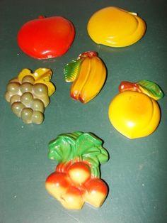6 Retro Chalkware Fruits & Veggie for Kitchen Wall Decoration