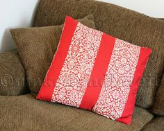 Pillow Slip Covers: a quick and easy way to give your space a faelift  www.makeit-loveit.com
