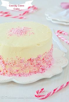 Candy Cane Cake recipe from Delicieux   www.ledelicieux.com