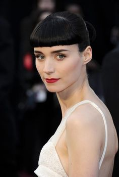 Pretty perfection on Rooney Mara at the 2012 Oscars