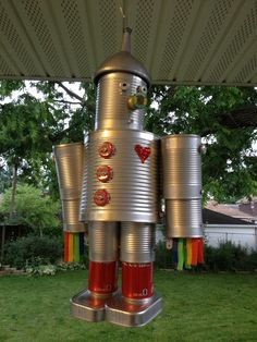 Tin can tin man robot made by kelly john on pinterest for Tin man out of cans