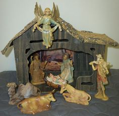 VINTAGE CHRISTMAS NATIVITY SET WITH CARDBOARD MANGER
