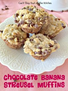 Chocolate Banana Streusel Muffins | Can't Stay Out of the Kitchen | these #muffins are absolutely sensational! Eat for #breakfast or dessert! #bananas #chocolatechips #chocolate