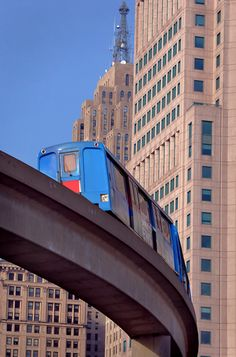 Detroit people mover!!!