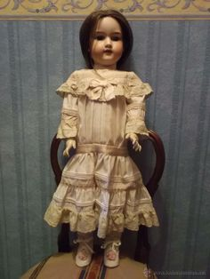 Antigua muñeca de porcelana antique bisque doll