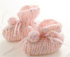 Baby Booties AIO Loom aio loom, free pattern, babi booti, knitting, crochet, knit loom, knifti knitter, knit babi, loom knit